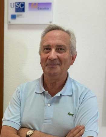 Imagen del profesor Miguel A. Santos Rego